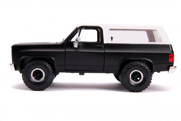 31590a scaled - 1980 CHEVY BLAZER OFF ROAD – PRIMER BLACK