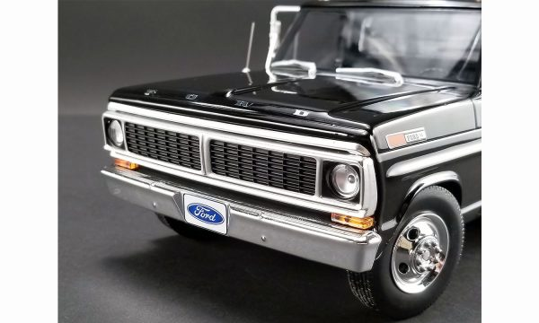 a1801400c - 1970 FORD F-350 RAMP TRUCK