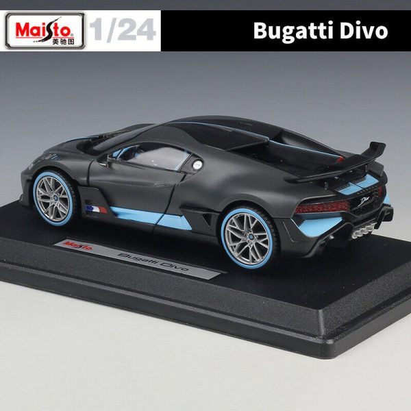 31526b - BUGATTI DIVO - CHARCOAL