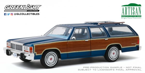 19063a - 1979 Ford LTD Country Squire in Midnight Blue with Woodgrain Paneling