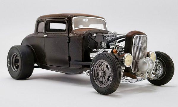 a1805017e - PORK CHOP'S 1932 FORD RAT ROD - 190 PROOF