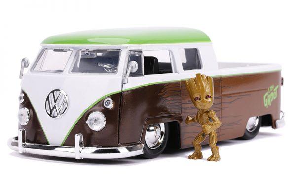 31202c - 1963 Volkswagen Bus Pickup and Groot Figure