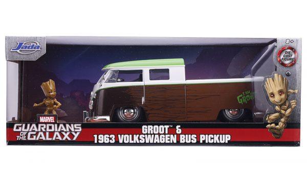 31202e - 1963 Volkswagen Bus Pickup and Groot Figure