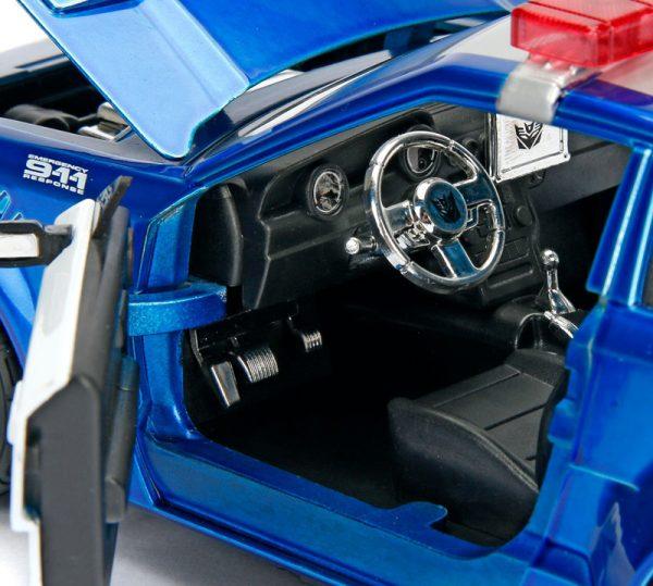 98400e - Barricade - Police Interceptor - Transformers: The Last Knight (2017)