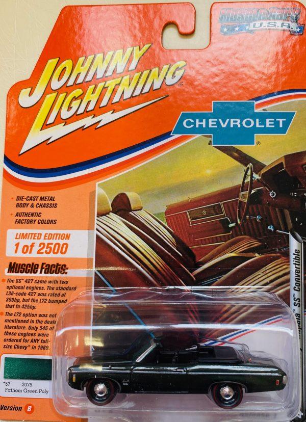jlmc022b4 - 1969 CHEVY IMPALA SS CONVERTIBLE - FATHOM GREEN POLY - JOHNNY LIGHTNING MUSCLE CARS USA