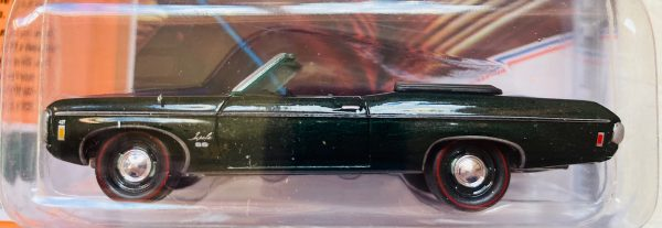 jlmc022b4a - 1969 CHEVY IMPALA SS CONVERTIBLE - FATHOM GREEN POLY - JOHNNY LIGHTNING MUSCLE CARS USA