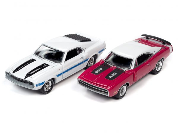 jlpk010 classof1970 group - 1970 DODGE CHARGER AND 1970 SHELBY GT500-Class of 1970 (2-Pack)