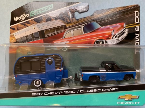 15368a - 1987 CHEVROLET 1500 PICK UP TRUCK WITH CLASSIC CRAFT TRAILER - BLUE/BLACK