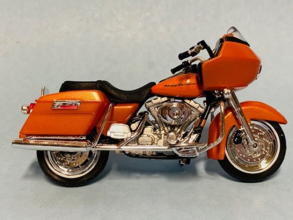 31360 38 2a - 2002 HARLEY DAVDISON FLTR ROAD GLIDE MOTORCYCLE - SERIES 38