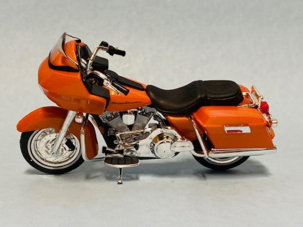 31360 38 2b - 2002 HARLEY DAVDISON FLTR ROAD GLIDE MOTORCYCLE - SERIES 38
