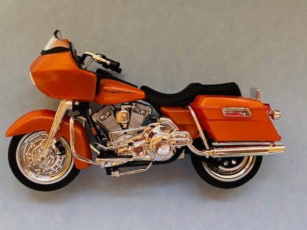 31360 38 2c - 2002 HARLEY DAVDISON FLTR ROAD GLIDE MOTORCYCLE - SERIES 38
