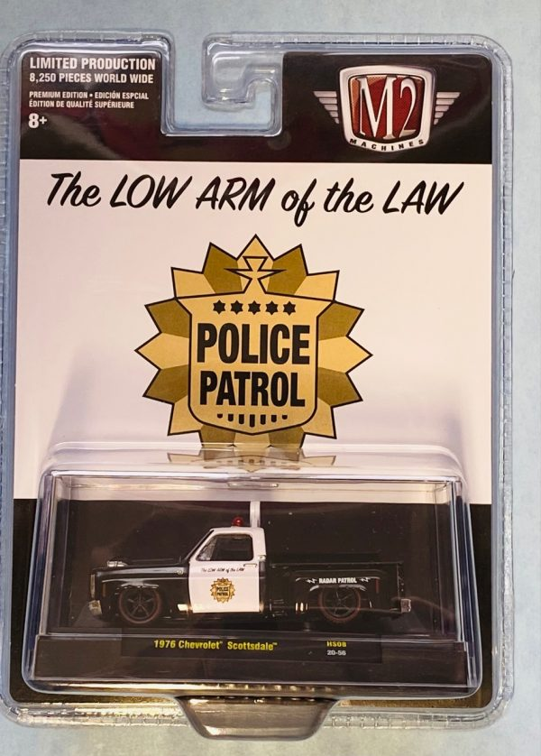 31500hs - 1976 CHEVROLET SCOTTSDALE PICK UP TRUCK (THE LOW ARM OF THE LAW) LOWRIDER POLICE