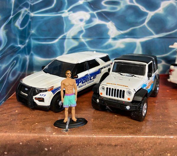 58053b - Florida Summer Bash - Multi-Car Diorama (1:64 SCALE)