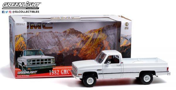 13562 1982 gmc k 2500 sierra grande wideside white pkg open b2b 1 - 1982 GMC K-2500 Sierra Grande Pick Up Truck Wideside - White -