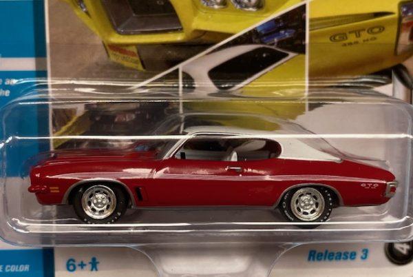 jlmc024b4 1 - 1972 PONTIAC GTO - CARDINAL RED - JOHNNY LIGHTNING MCACN