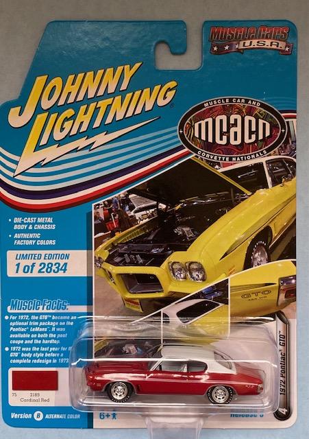 jlmc024b4 - 1972 PONTIAC GTO - CARDINAL RED - JOHNNY LIGHTNING MCACN