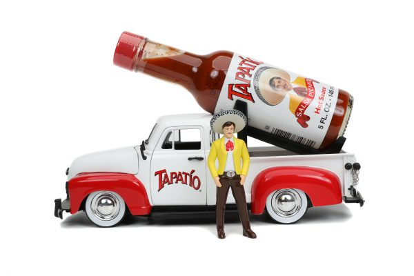 31968 1.24 hwr tapatio 1953 chevy pick up w charro man 3 scaled - 1953 Chevrolet Pickup Truck - Jada - Hollywood Rides - Tapatio Charro Man (Does not include Tapatio hot sauce)