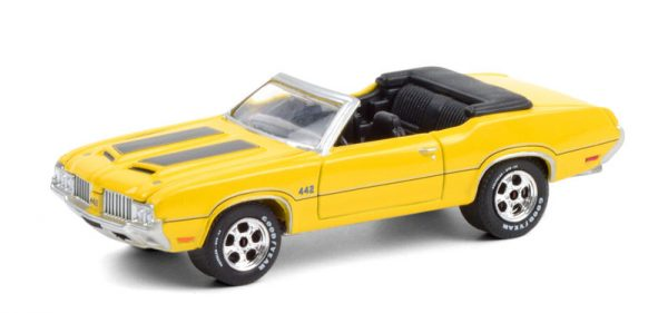 37220 c - 1970 Oldsmobile 442 Convertible in Sebring Yellow with Black Stripes (Lot #743)