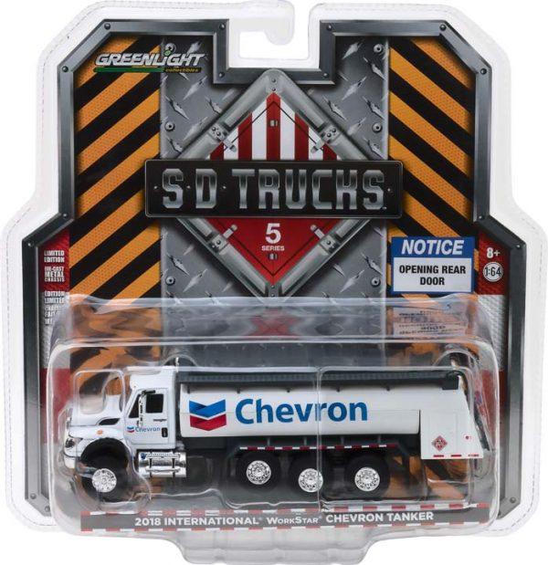 45050c - 2018 INTERNATIONAL WORKSTAR CHEVRON TANKER GAS - SD TRUCKS SERIES 5