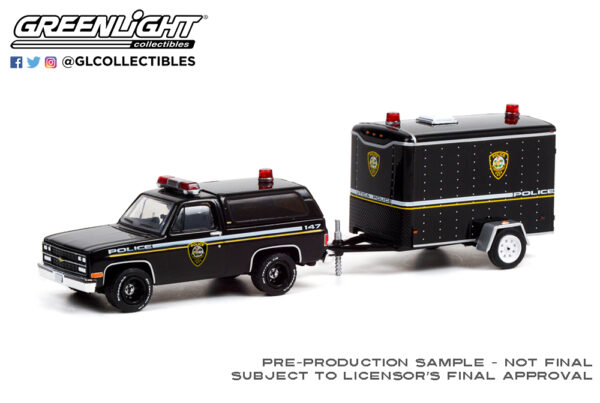 32220 d 1990 chevrolet k5 blazer utica ny police w trailer deco b2b - 1990 Chevrolet K5 Blazer Utica, New York Police Department with Small Cargo Trailer