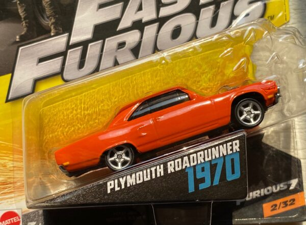 fcf37 1 - 1970 PLYMOUTH ROAD RUNNER (FAST & FURIOUS) FURIOUS 7 IN 1:55 SCALE #2/32