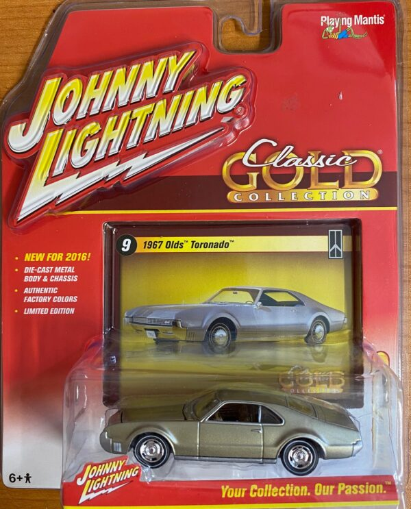 jlcg002b9 - 1967 OLDS TORONADO - JOHNNY LIGHTNING CLASSIC GOLD - 2016 SERIES -comes with a collector card